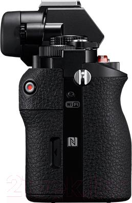 Зеркальный фотоаппарат Sony ILCE-7KB Kit (FE 28-70/3.5-5.6 OSS) - вид сбоку