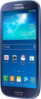 Смартфон Samsung Galaxy S III Duos / I9300I (синий) - вполоборота