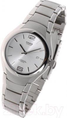 Часы мужские наручные Casio LIN-169-7AVEF