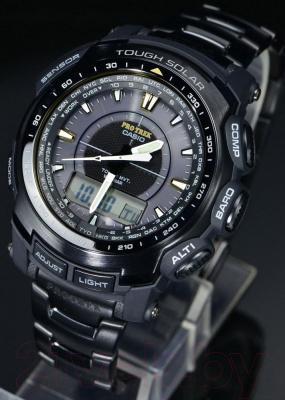 Часы мужские наручные Casio PRG-550BD-1ER - крупным планом