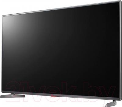 Телевизор LG 32LB565U - вполоборота