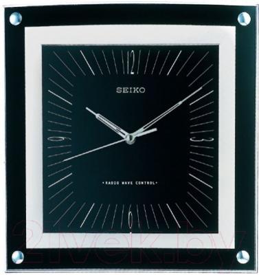 Настенные часы Seiko QXR205K