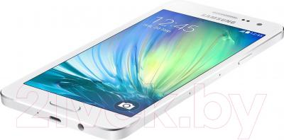 Смартфон Samsung Galaxy A3 / A300F/DS (белый)