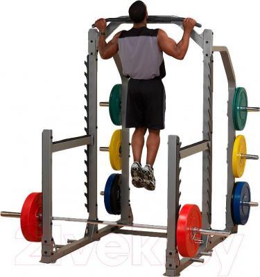 Силовой тренажер Body-Solid SMR1000 - общий вид при выполнении упражнений (диски и штанги в комплект не входят)