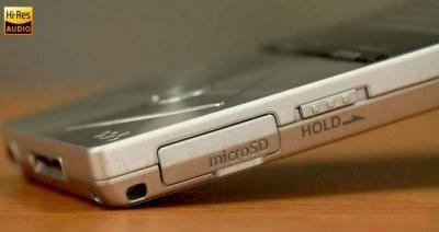 MP3-плеер Sony NWZ-A17S (64Gb) - разъем для карт памяти