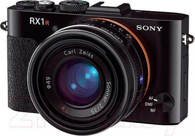 Компактный фотоаппарат Sony DSC-RX1R - общий вид