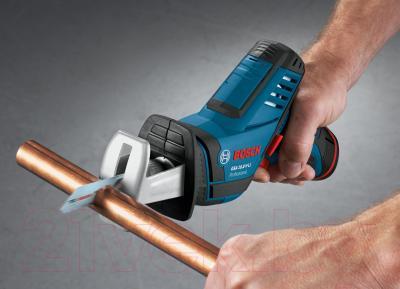 Профессиональная сабельная пила Bosch GSA 10.8 V-LI Professional (0.601.64L.902) - в работе