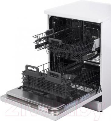 Посудомоечная машина Whirlpool ADP 100 WH - общий вид с открытой дверцей