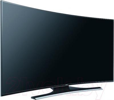 Телевизор Samsung UE55HU7200UXRU - вполоборота