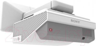 Проектор Sony VPL-SX630 - общий вид
