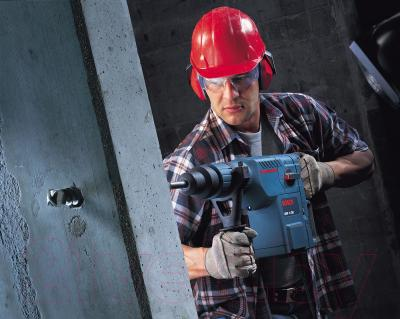 Профессиональный перфоратор Bosch GBH 11 DE (0.611.245.708) - в работе