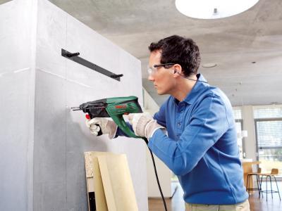 Перфоратор Bosch PBH 3000 FRE (0.603.393.220) - в работе