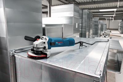 Профессиональная болгарка Bosch GWS 7-125 Professional (0.601.388.102) - в работе