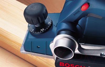 Профессиональный электрорубанок Bosch GHO 26-82 Professional (0.601.594.303) - в работе