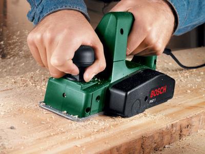 Электрорубанок Bosch PHO 1 (0.603.272.208) - в работе