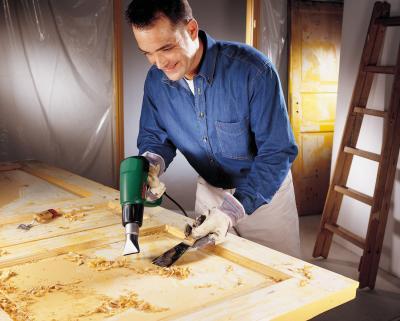 Строительный фен Bosch РHG 630 DCE (0.603.29C.708) - в работе