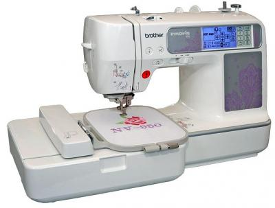 Швейно-вышивальная машина Brother INNOV-'IS 950 - вид спереди