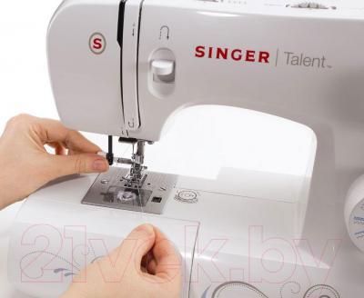 Швейная машина Singer Talent 3323 - нитевдеватель