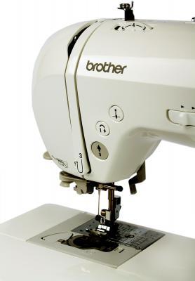 Швейная машина Brother ML-750 - рабочая зона