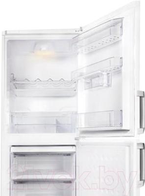Холодильник с морозильником Beko CS329020