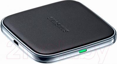 Беспроводное зарядное устройство Samsung EP-PG900IBRGRU - общий вид