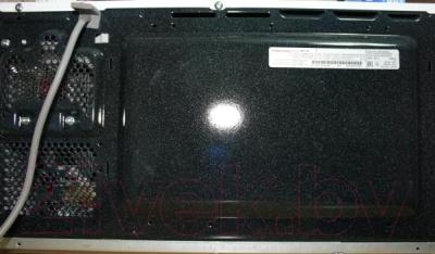 Микроволновая печь Samsung ME713KR/BWT - вид сзади