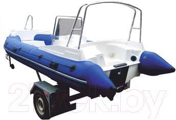 Надувная лодка Велес R-520 - вид сзади