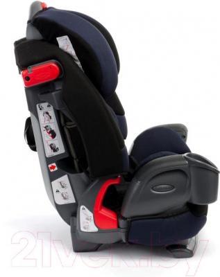 Автокресло Graco Nautilus Elite (Sport Luxe) - вид сбоку
