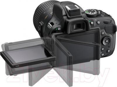 Зеркальный фотоаппарат Nikon D5200 Kit (18-55mm VR II, черный) - поворотный экран