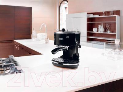 Кофеварка эспрессо DeLonghi ECO311.BK - в интерьере