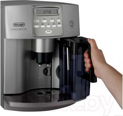 Кофемашина DeLonghi ESAM 3500.S - контейнер для молока