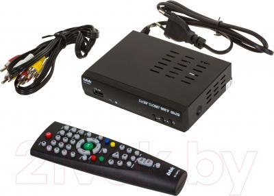 Тюнер цифрового телевидения BBK SMP240HDT2 (темно-серый)