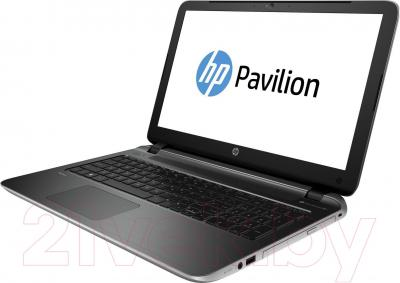 Ноутбук HP Pavilion 17-f202ur (L1T86EA) - вполоборота