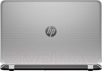 Ноутбук HP Pavilion 17-f202ur (L1T86EA) - вид сзади