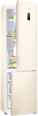 Холодильник с морозильником Samsung RB37J5250EF/WT - с полуоткрытой дверцей