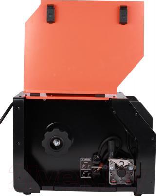 Инвертор сварочный Watt Euromig 230 - с поднятой крышкой