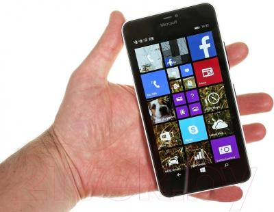 Смартфон Microsoft Lumia 640 XL Dual (оранжевый)