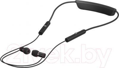 Односторонняя гарнитура Sony SBH80 (черный) - общий вид