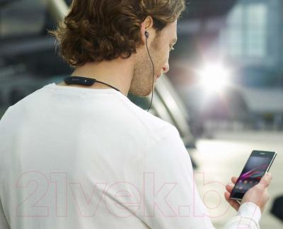 Односторонняя гарнитура Sony SBH80 (черный) - использование