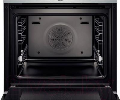 Электрический духовой шкаф Bosch HBG633NS1 - внутренний вид