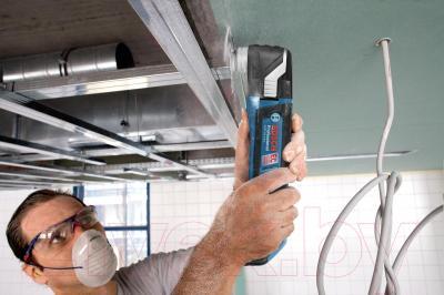 Профессиональный мульти-инструмент Bosch GOP 18 V-EC Professional (0.601.8B0.001) - в работе
