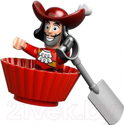 Конструктор Lego Duplo Пиратский корабль Джейка (10514) - минифигурка