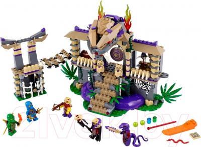 Конструктор Lego Ninjago Храм Клана Анакондрай (70749) - общий вид