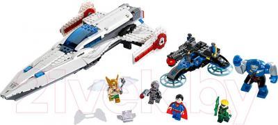 Конструктор Lego Super Heroes Вторжение Дарксайда (76028) - общий вид