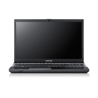 Ноутбук Samsung 300V5A (NP-300V5A-S03RU) - спереди