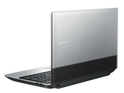 Ноутбук Samsung 300E5A (NP-300E5A-S01RU) - сзади повернут