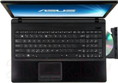 Ноутбук Asus X54L-SX033D - вид сверху