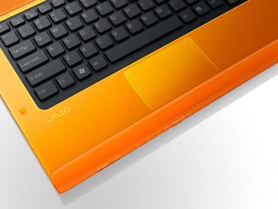 Ноутбук Sony VAIO VPCCA3S1R/D - клавиатура