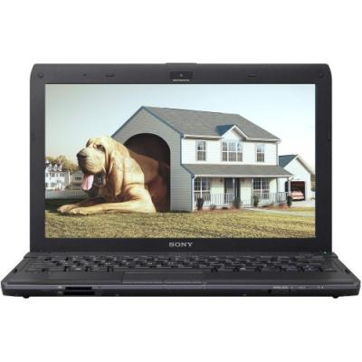 Ноутбук Sony VAIO VPCYB3Q1R/B - спереди