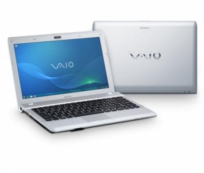 Ноутбук Sony VAIO VPCYB3Q1R/S - спереди и сзади
